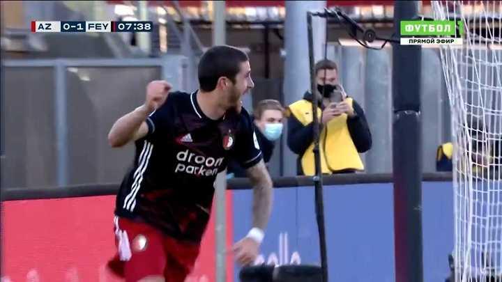 El gol de Marcos Senesi para Feyenoord