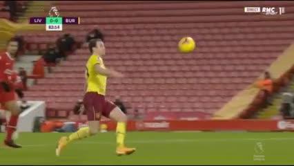 El gol que rompió el invicto del Liverpool