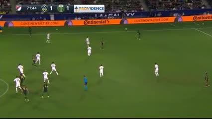 El golazo de Seba Blanco para el 1-1
