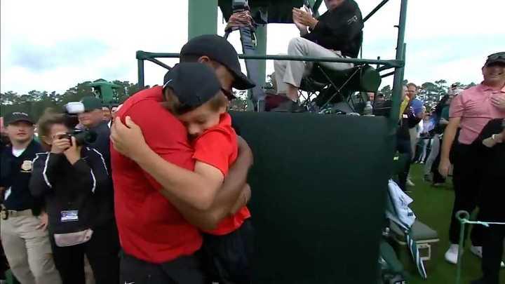 La emoción de Tiger con su familia