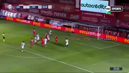 Ibáñez volvió a salvar a Patronato