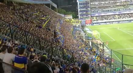La reacción de los hinchas de Boca tras la expulsión de Pablo Pérez
