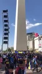 Los hinchas de Boca empiezan a llegar al Obelisco