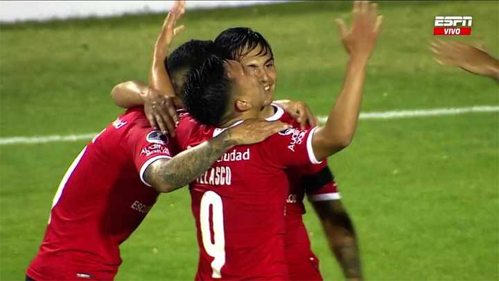 Velazco marcó el segundo del Rojo