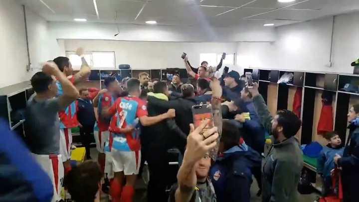 Arsenal festejó el triunfo con todo
