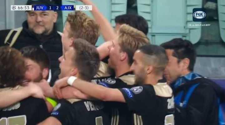 De Ligt lo dio vuelta para el Ajax