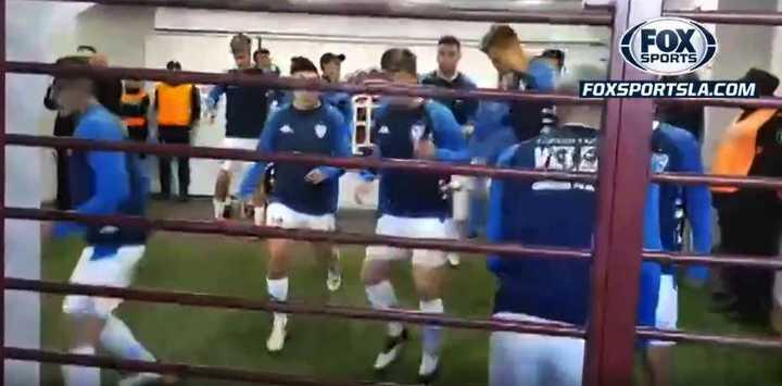 Tensión en la previa entre los jugadores y encargados de seguridad de Lanús