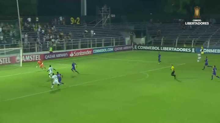 El gol de Cazares a Defensor