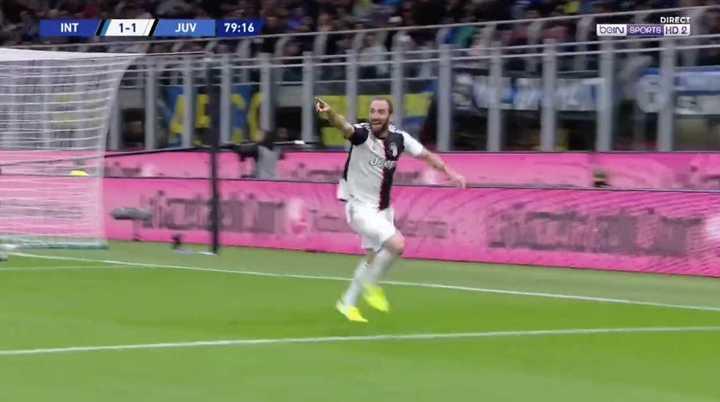 Pipita Higuaín le dio la victoria a Juve