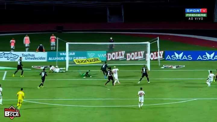 El gol en contra para San Pablo
