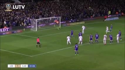 El Leeds de Bielsa igualó 3 a 3