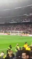 El gol del Pity desde el banco.