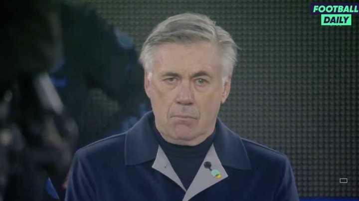 Las lágrimas de Ancelotti en el minuto de silencio para Diego