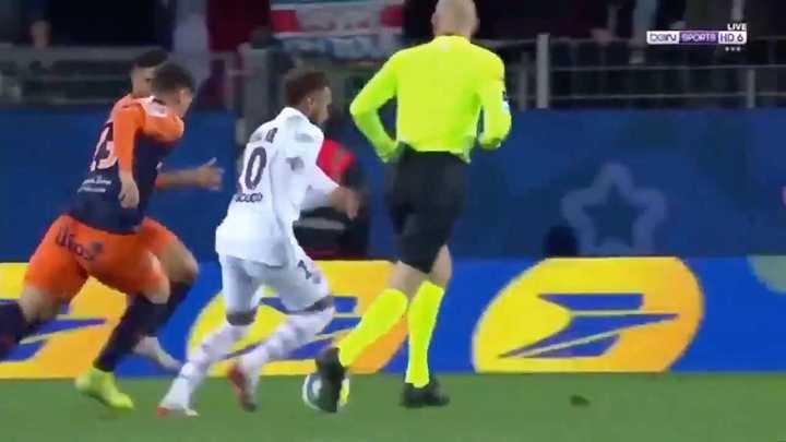 Tremendo caño y golazo de Neymar