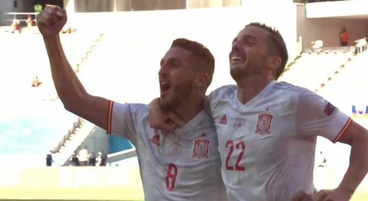 España, contundente, hizo el tercero frente a Eslovaquia