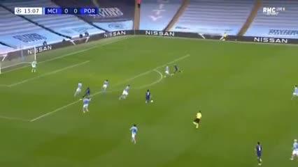 El gol de Luis Díaz contra el City