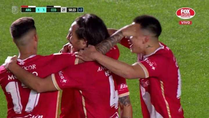Argentinos llegó al empate en la última jugada