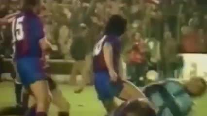 La pelea de Maradona en Barcelona