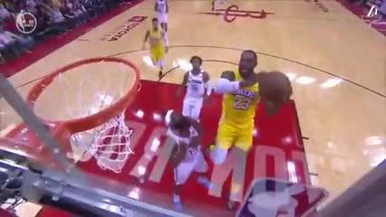 El resumen del triunfo de Los Lakers 124-115 sobre los Rockets
