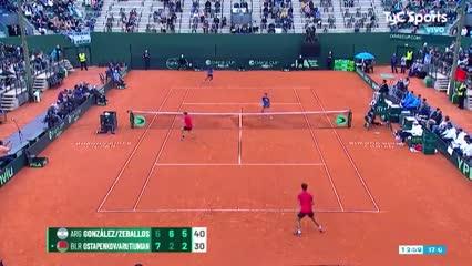El punto final del triunfo argentino en dobles de la Davis