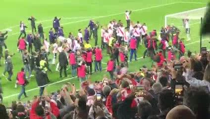 El festejo desde la tribuna del Bernabéu