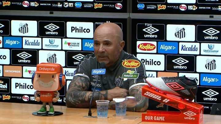 Sampaoli habló sobre Pelé, Bolsonaro y su continuidad