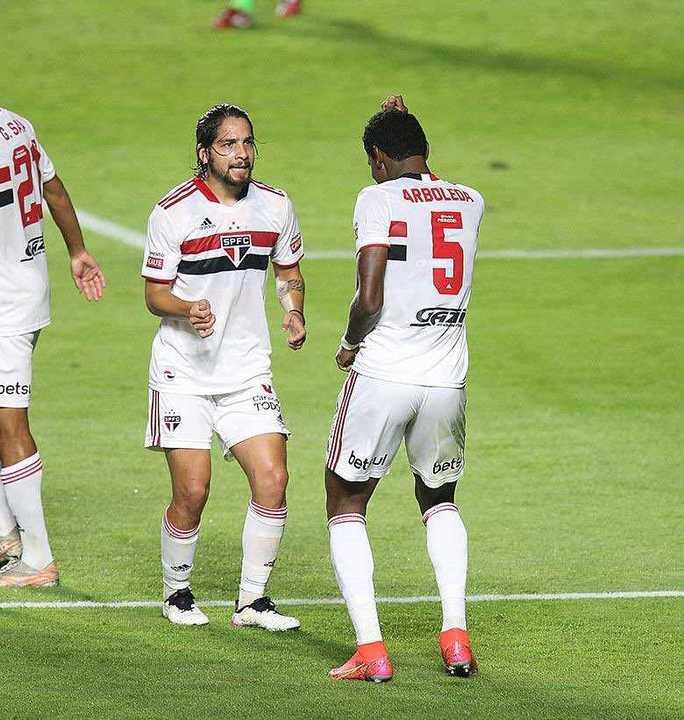 San Pablo le ganó 4-0 a Mirassol y se metió en la final del Paulistao