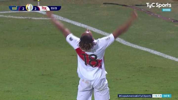 Carillo marcó el 2-2 para Perú