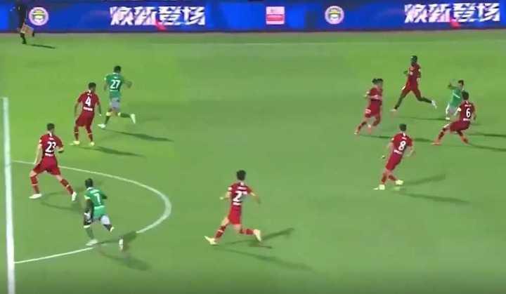 Las dos asistencias de Quintero en su debut oficial en el Shenzhen