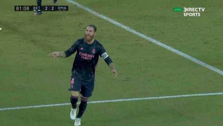 Polémica en el tercer gol de Real Madrid