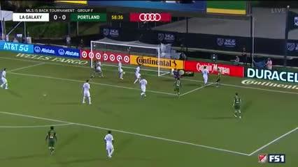 Blanco asistió para el 1-0