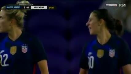 Carli Lloyd marcó el 3-0