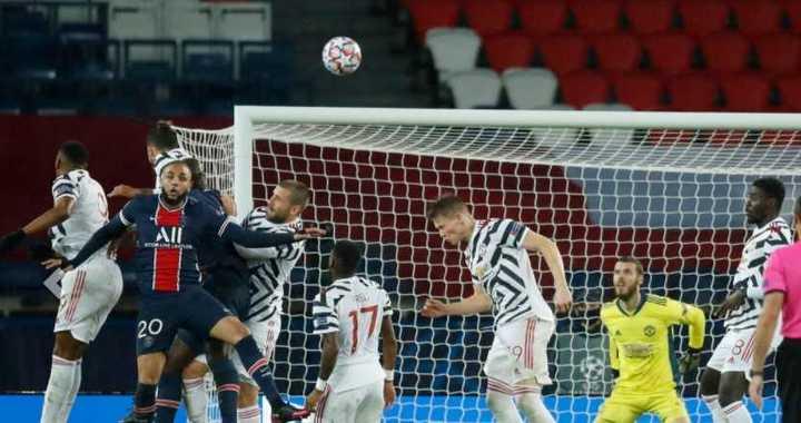 El gol en contra de Martial para el PSG