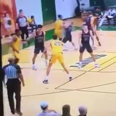 La tremenda piña en el básquet norteamericano