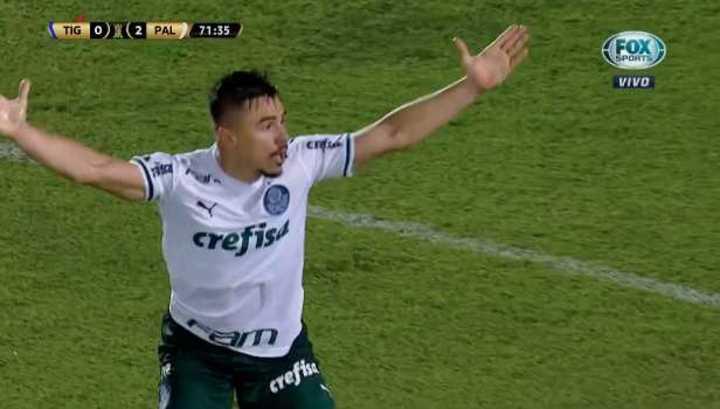 Palmeiras reclamó penal