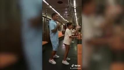 El baile viral de Carlitos