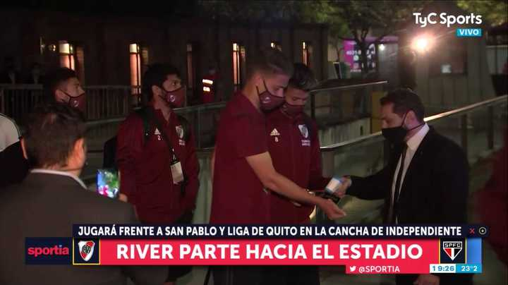 La salida de River rumbo al estadio