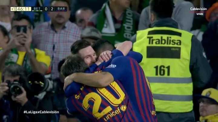 Messi cerró el primer tiempo con otro gol