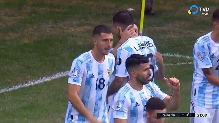 El Papu Gómez puso el primero de Argentina