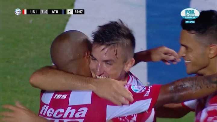 Pittón sumó su gol y Unión golea al Decano