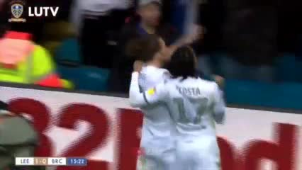 Ayling marcó el 1 a 0 del Leeds