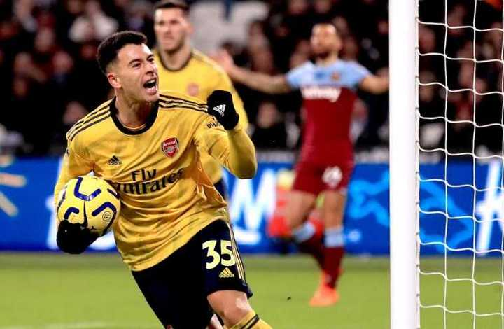El gol del garoto del Arsenal