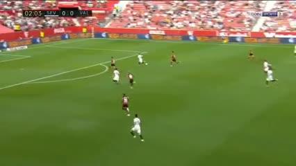 Asistencia de Lamela y gol del Papu Gómez