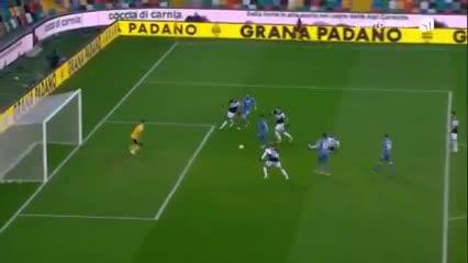 Luis Muriel igualó el encuentro ante Udinese