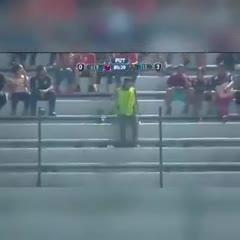 Un hincha del Veracruz imitó el baile del Guasón en la tribuna