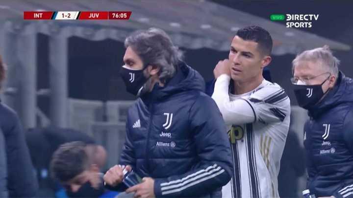 El fastidio de Ronaldo cuando lo sacaron