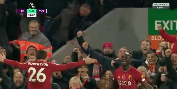 Mané hizo el tercero de Liverpool