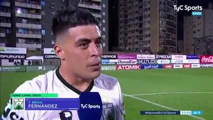 Brian Fernández y la emoción después de su doblete