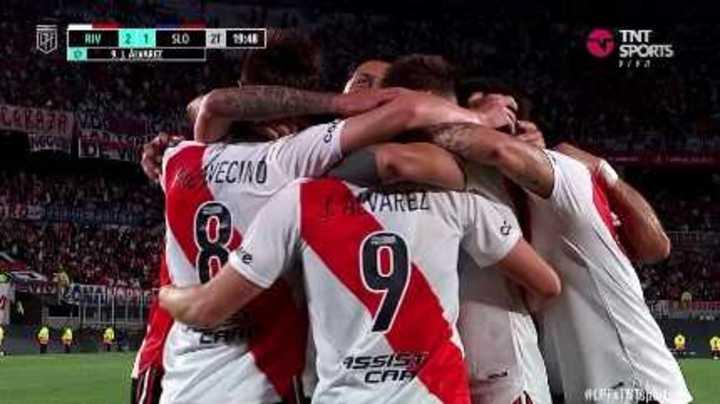 Álvarez marcó el 2 a 1