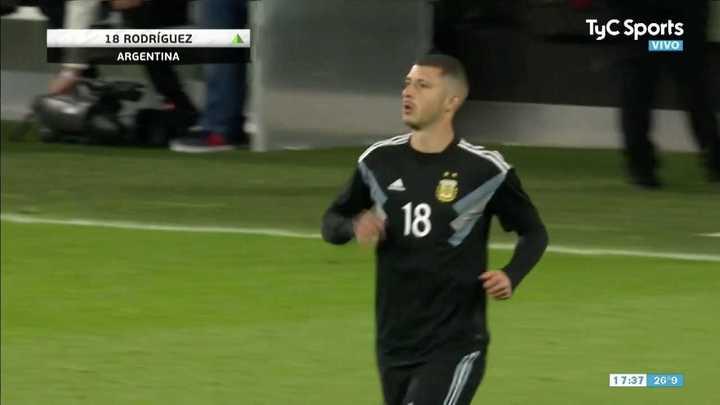 Guido Rodríguez entró y jugo 10 segundos